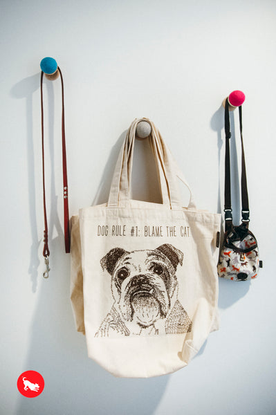PLAY Best in Show Tote - Bulldog - DOG RULE #1 BLAME THE CAT