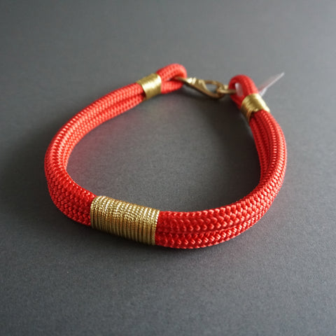 Rugged Wrist Dog Collar Red and Gold Rope