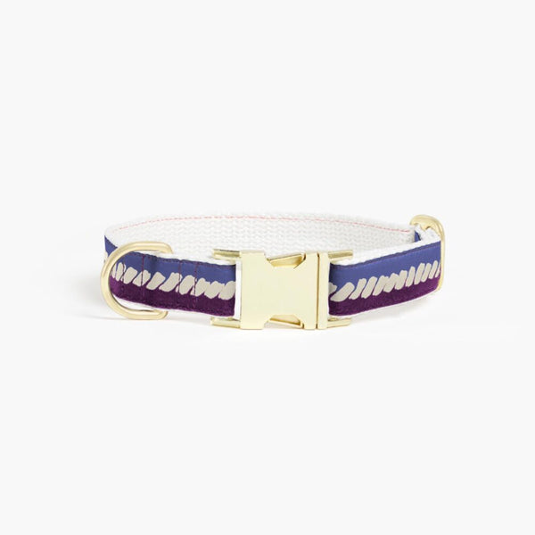 The Twist Deep Purple Dog Collar: Soft Beige and Blue