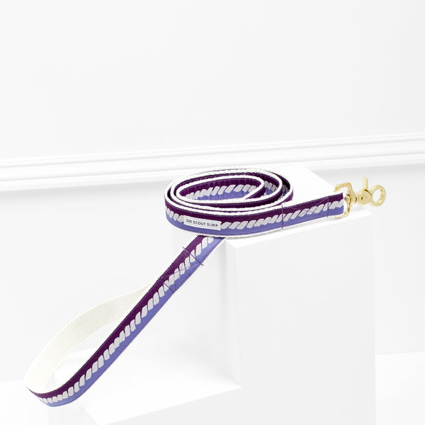 The Twist Deep Purple Dog Leash: Soft Beige and Blue