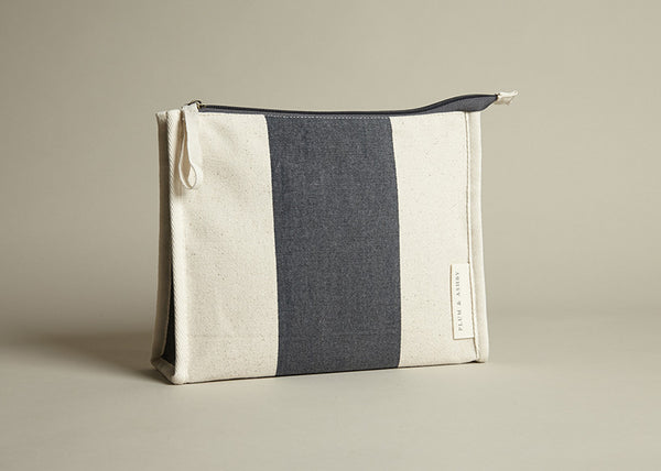 Washbag: Grey Stripe