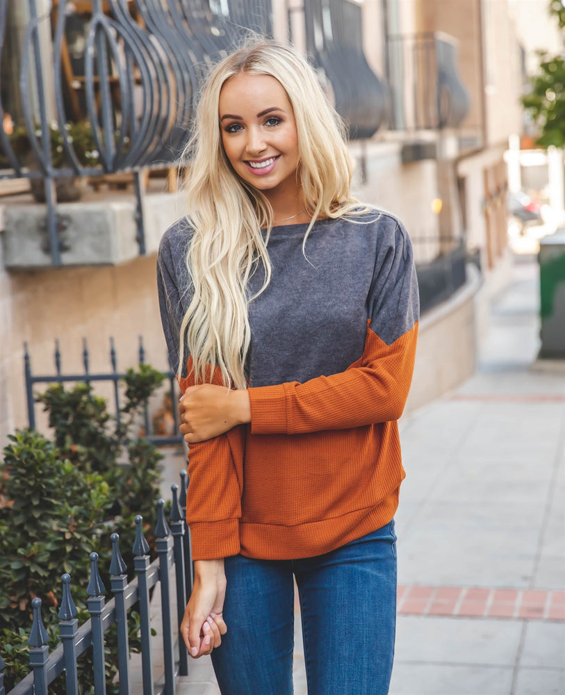 Georgia Pullover - Clay/Charcoal