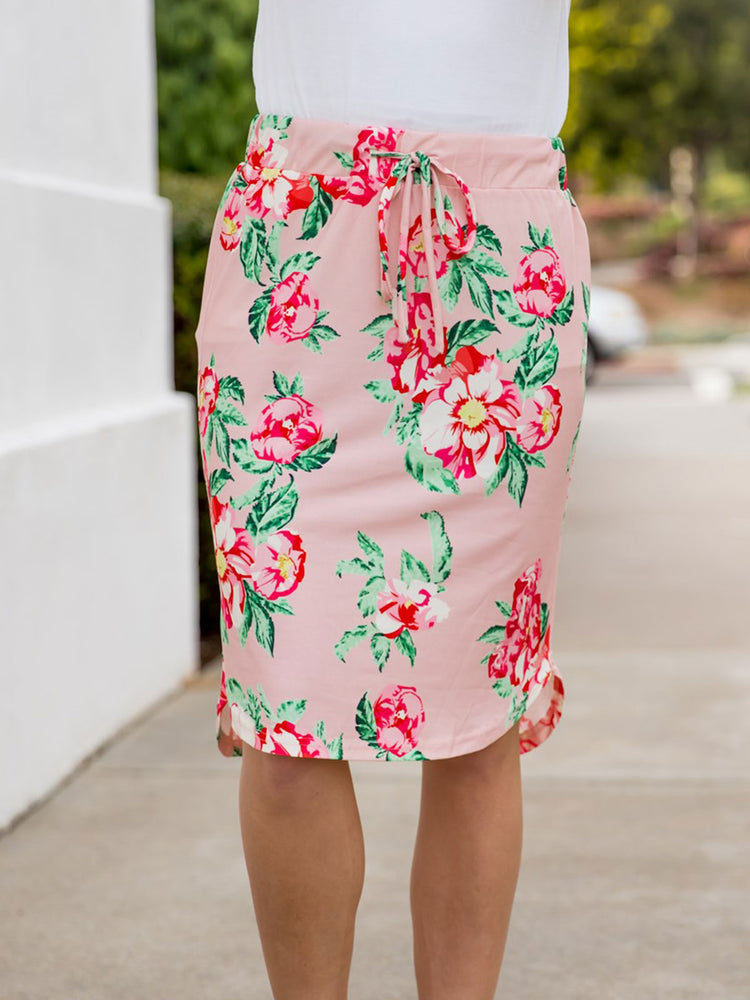 Ava Floral Weekend Skirt | S-3X - Pink