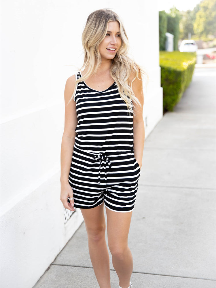 The Daphne Romper - Black
