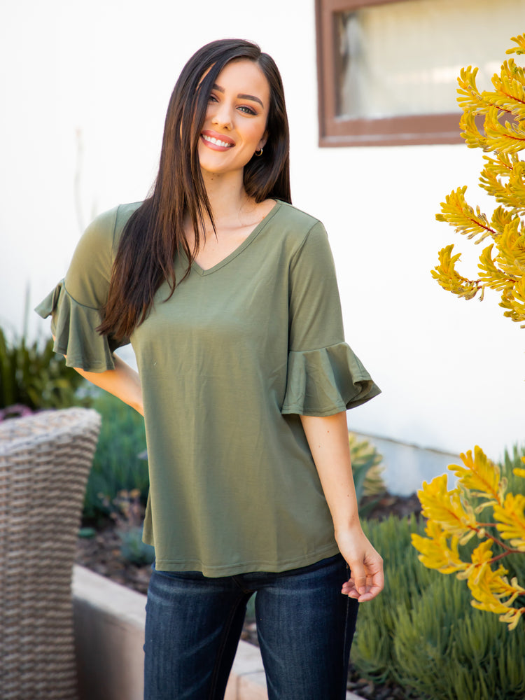 The Emerson Top - Olive