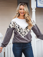 Donna Top - White/Cream Leopard/Gray