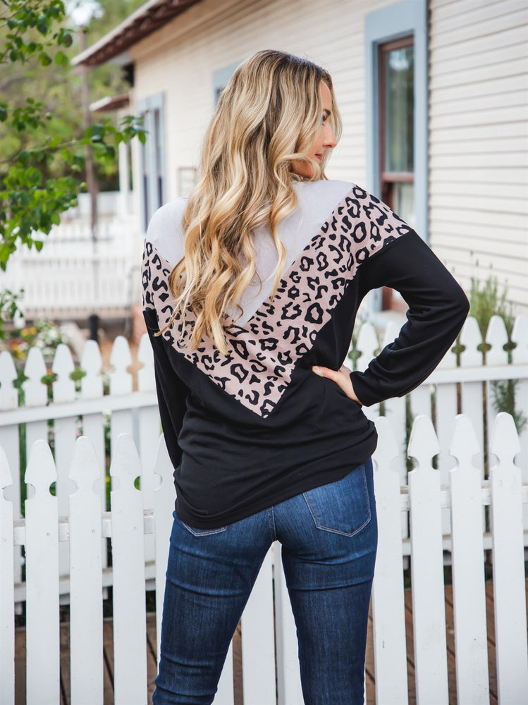 Donna Top - Gray/Taupe Leopard/Black