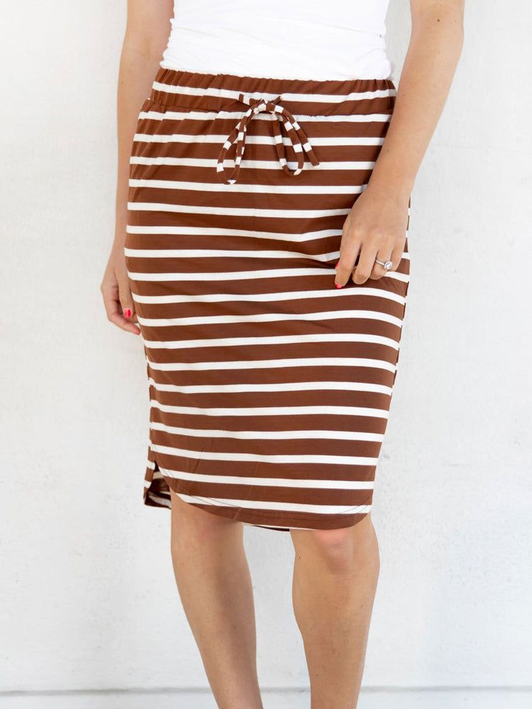 The Sofie Weekend Skirt | S-3X - Brown