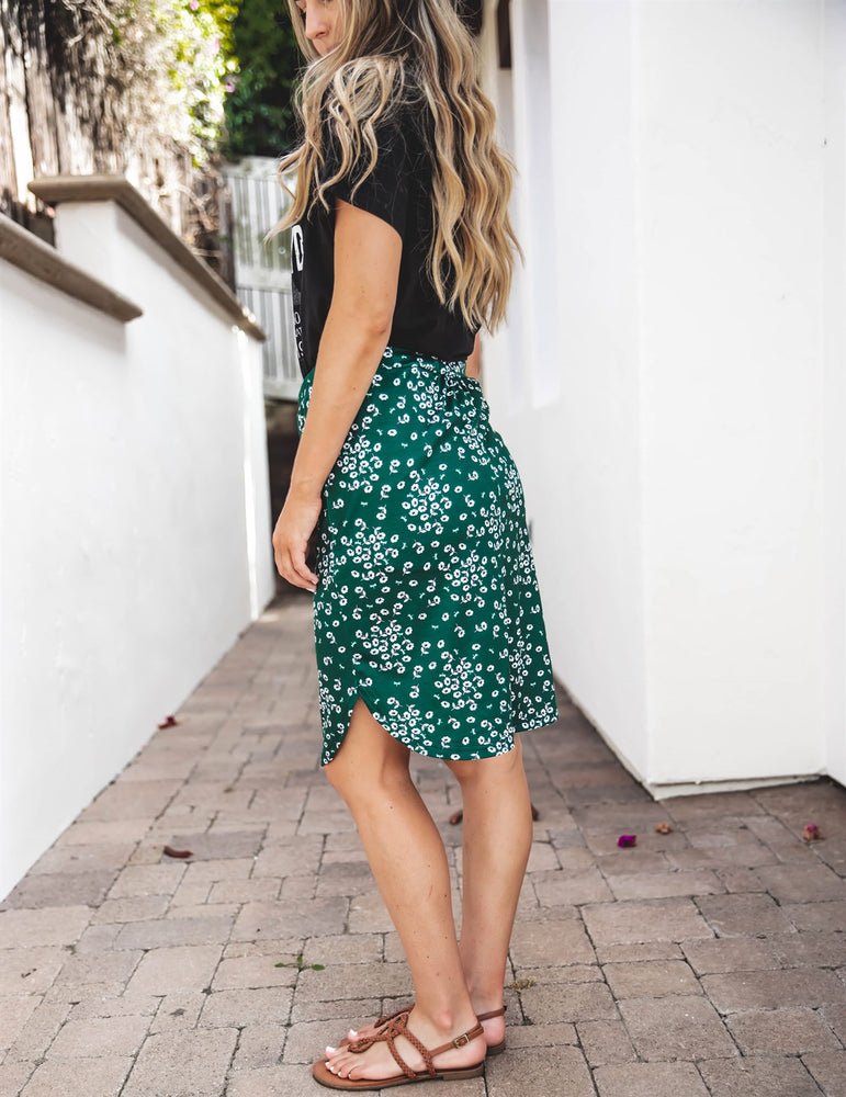 Indy Weekend Skirt - Green Floral