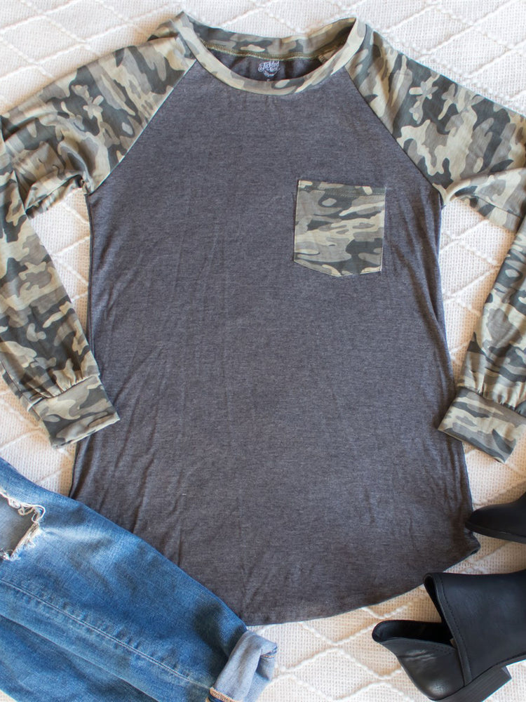 Pocket Camo Raglan - Gray