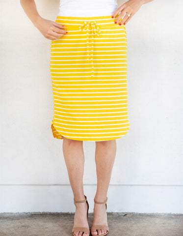 The Sofie Weekend Skirt | S-3X - Yellow