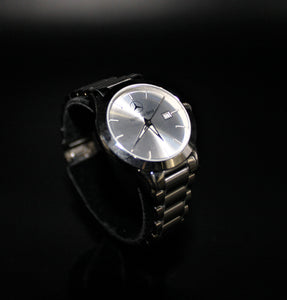 Ladies small face classic watch