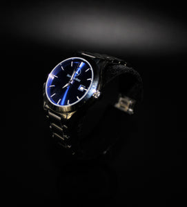 Ladies small face crystal blue classic watch