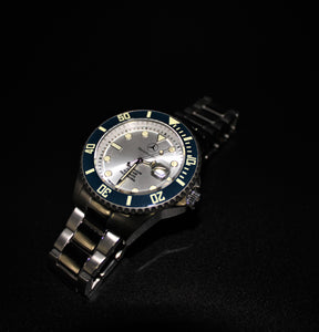Automatic movement blue bezel silver tone