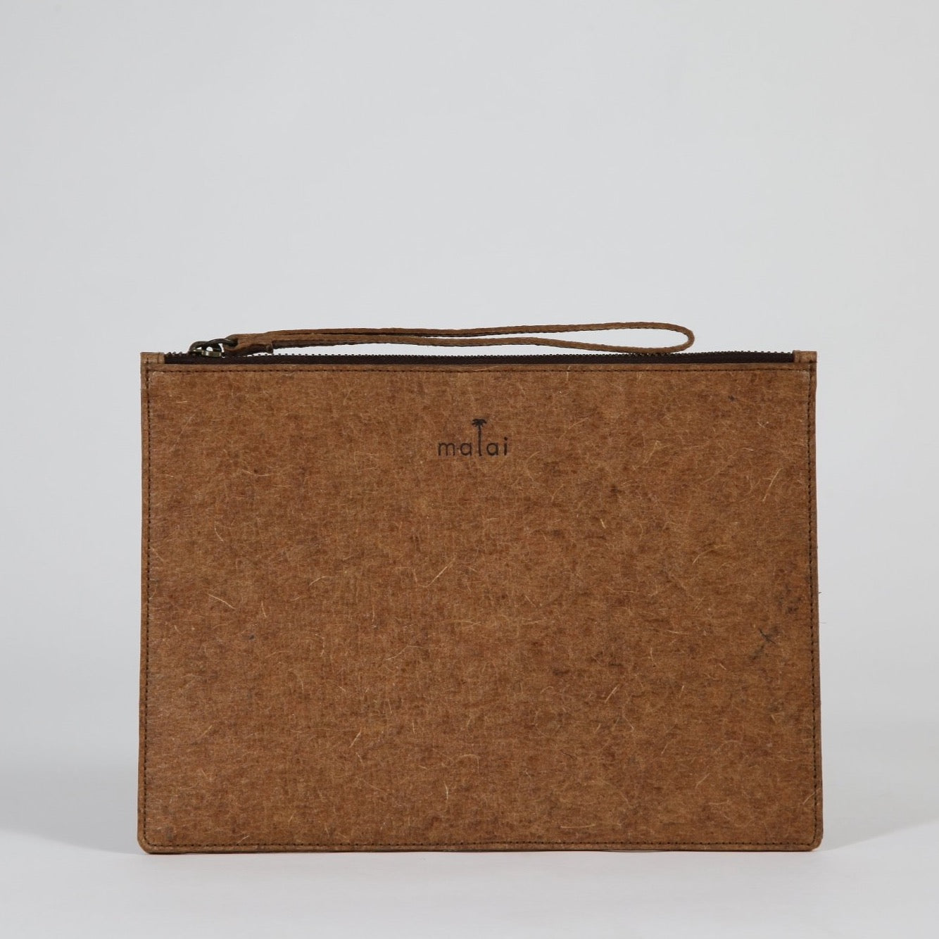 Flat Pouch L | made from coconut water - THE HOME OF SUSTAINABLE THINGS