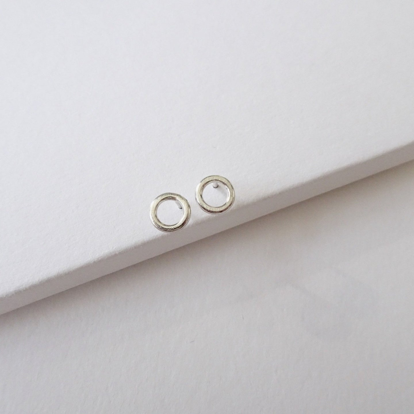 Geometric Studs | Circle - THE HOME OF SUSTAINABLE THINGS