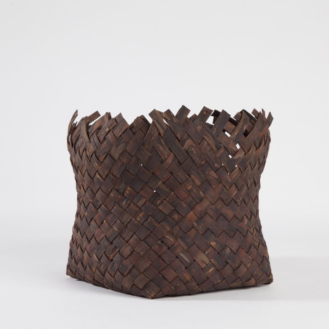 Pine Bark Basket - THE HOME OF SUSTAINABLE THINGS