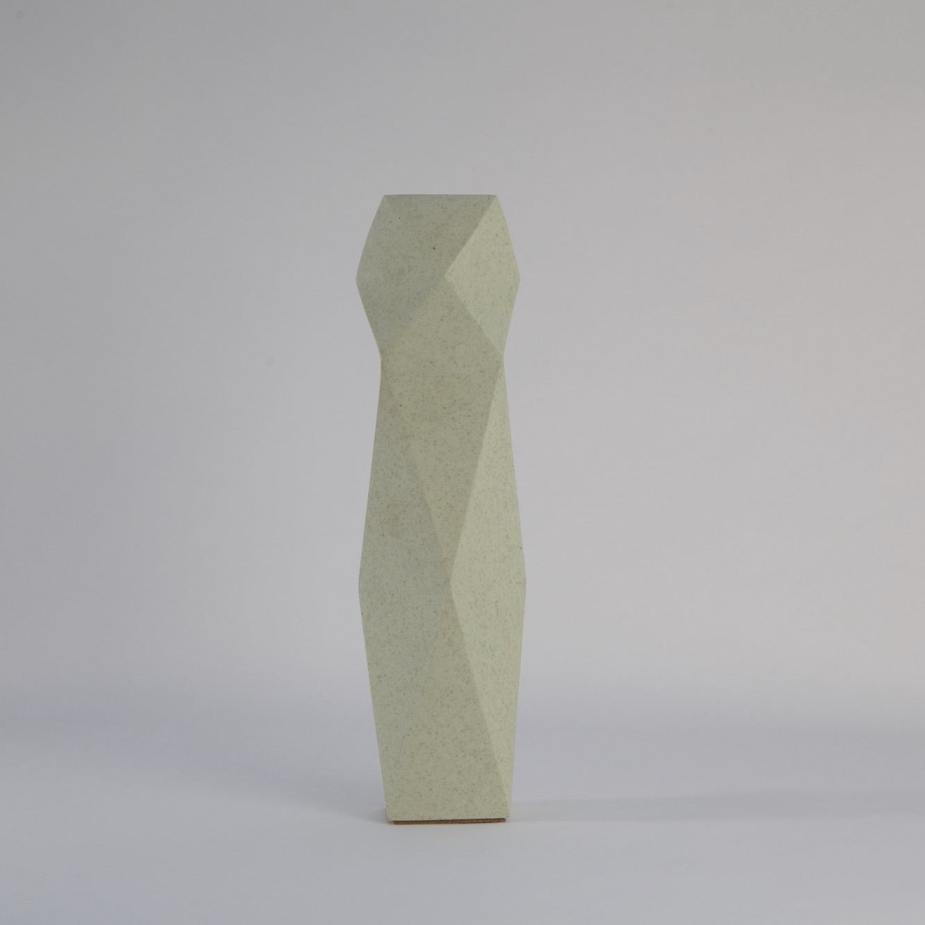 Vase | made from tea waste - THE HOME OF SUSTAINABLE THINGS