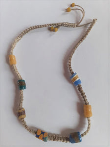 Collier ajustable perles africaines