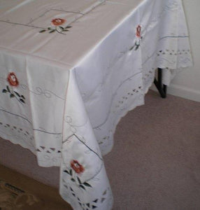 OctoRose 100% Polyester Thick Satin Off White with Embroidery Table Cloth 72x90 Oblong (TC-060-7290)