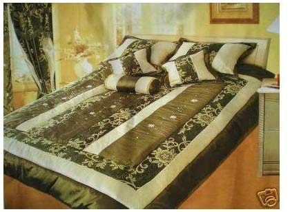 OctoRose Queen Faux Silk and Cotton Jacquard with Ribbon Emb' Patchwork Comforter