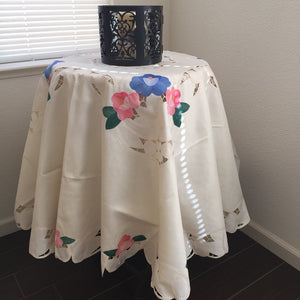 OctoRose Table Linen