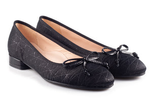Black With Texture Flats With Low Heal