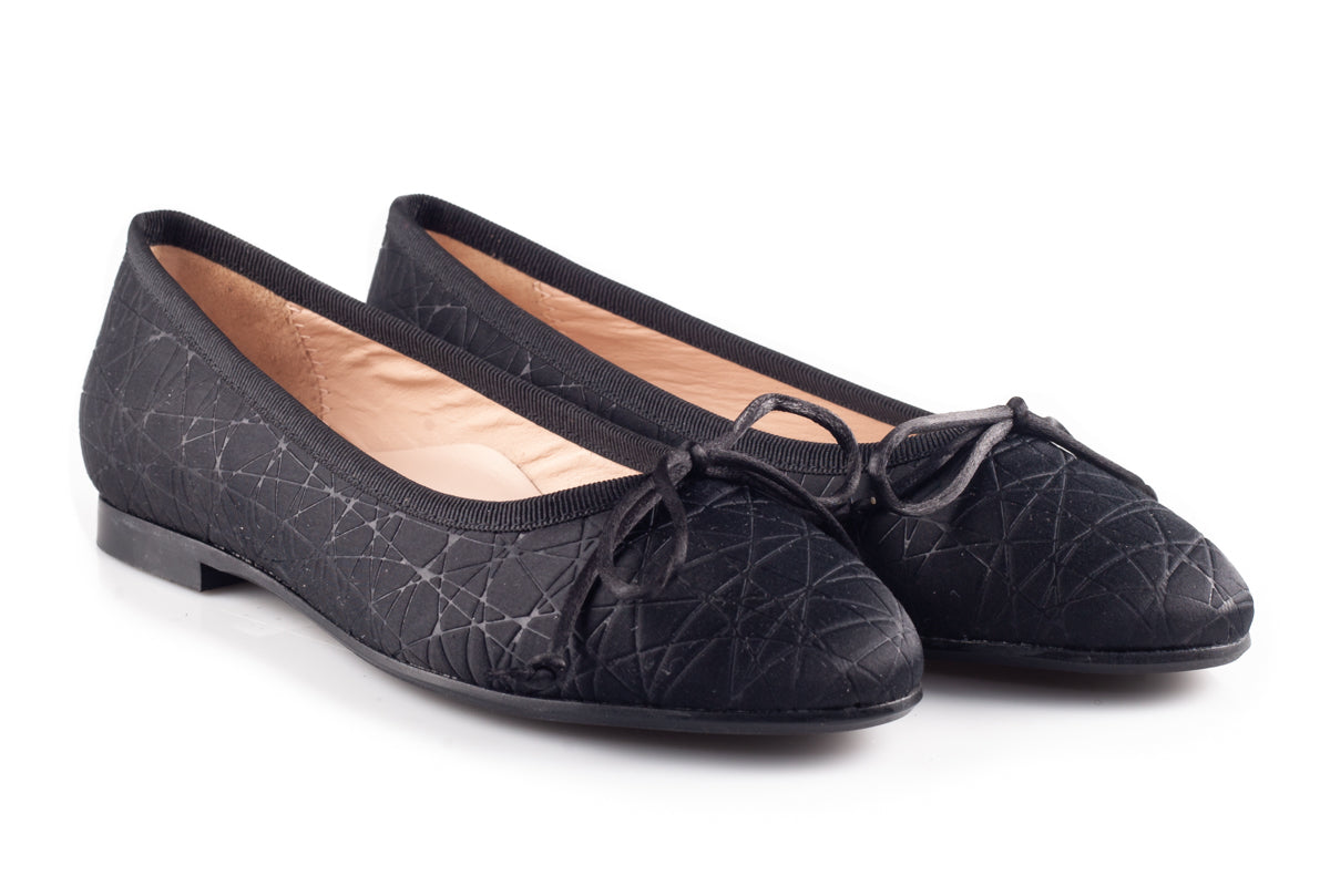 Black Flats With Texture
