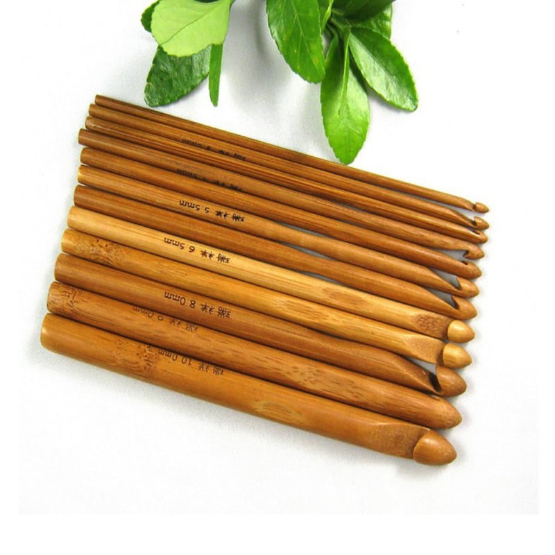 12 Pcs Bamboo Crochet Hook Set