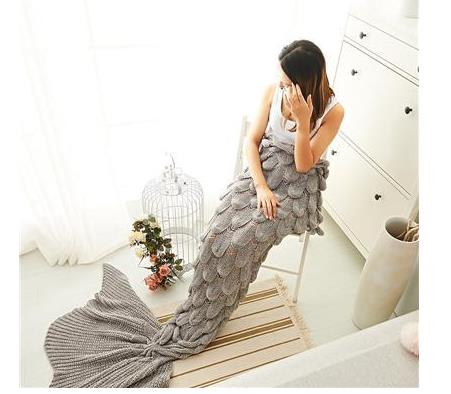 Cashmere-Like Knitted Mermaid Tail Blanket
