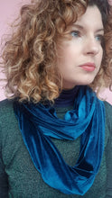 Load image into Gallery viewer, Double Wrap Velvet Cowl in Teal