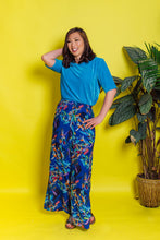Load image into Gallery viewer, Easy Fit Tee in Turquoise Velvet - Top - Megan Crook