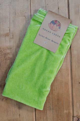 Wrist Warmers Set in Citrus Green