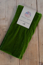 Load image into Gallery viewer, Wrist Warmers Set in Olive Green