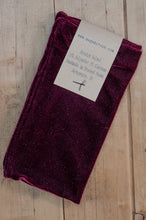 Load image into Gallery viewer, Wrist Warmers Set in Burgundy