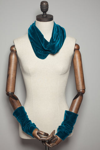 Velvet Cowl and Wrist Warmers Set in Teal