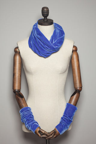 Velvet Cowl and Wrist Warmers Set in Periwinkle Blue