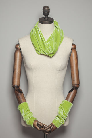 Velvet Cowl and Wrist Warmers Set in Lime