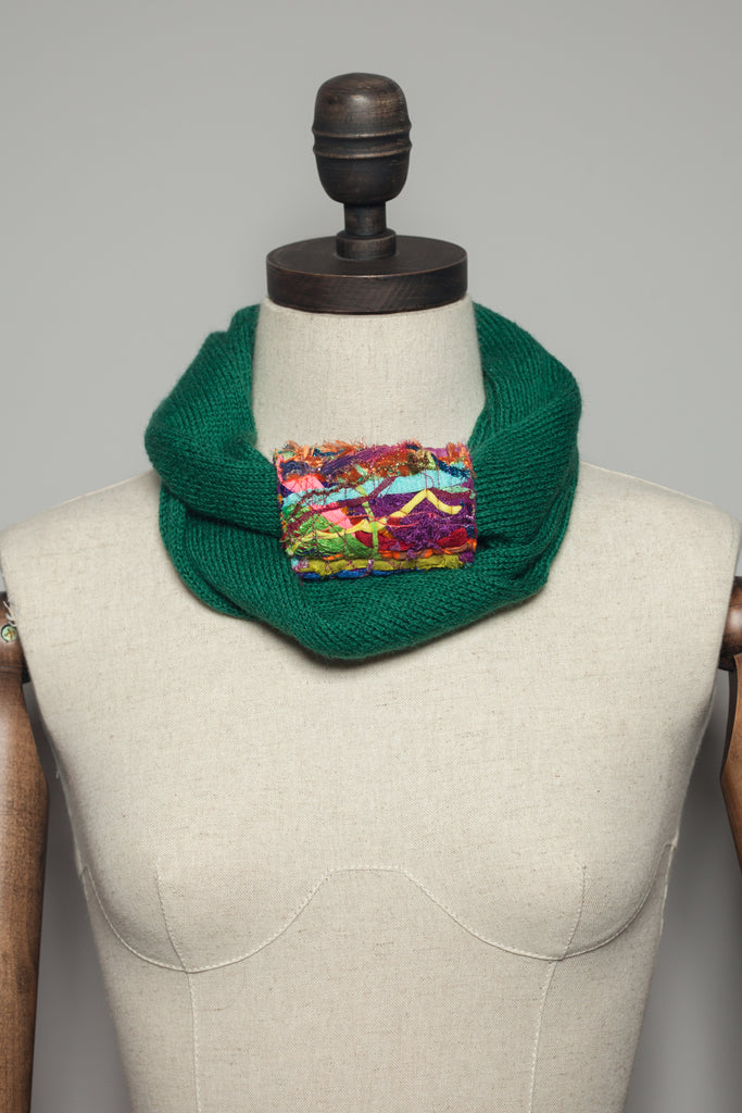 Embellished Cuff Double Wrap Scarf in Forest Green