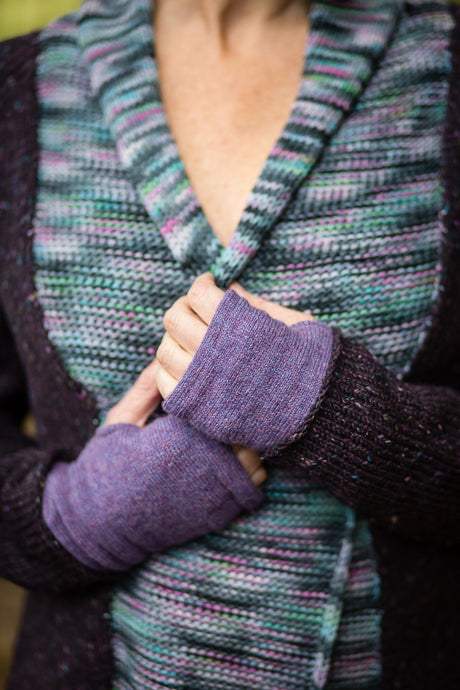 Hand Warmers in Lilac Felted Pure New Wool - Mittens - Megan Crook