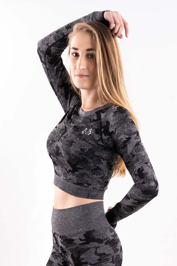 Black Seamless Camo Longsleeve Crop Top - WHITEWOLF