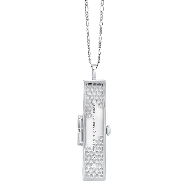 "@ Metal: <<Sterling Silver>> | Chain: <<Figaro>> | Length: <<30"">>"