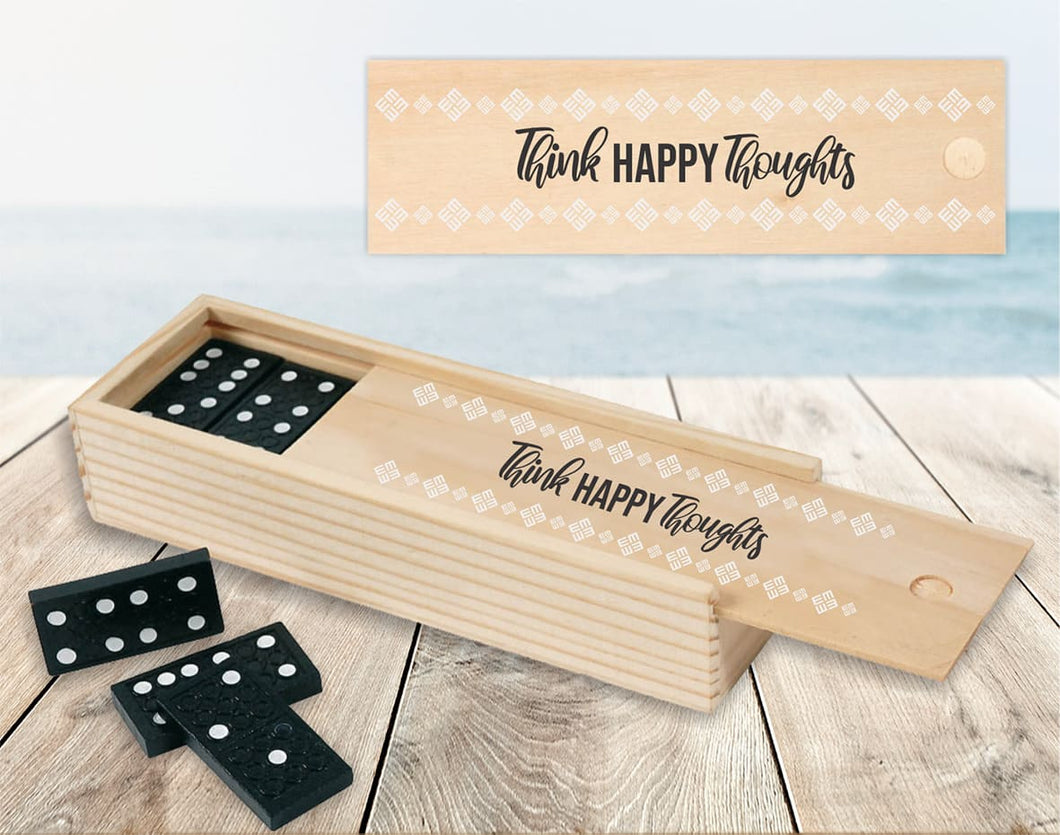 Domino z napisom Think happy thoughts