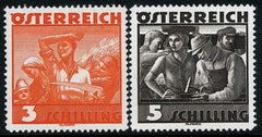 #378-379 Austria - Workers, Set of 2 (MNH)