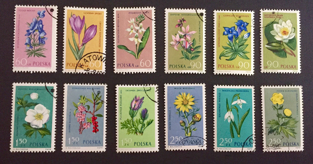 #1066-1077 Poland - Flowers in Natural Colors (Used)