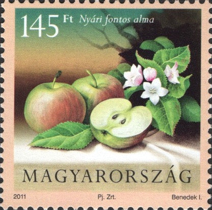 #4200-4201 Hungary - Fruit and Blossoms, Set of 2 (MNH)