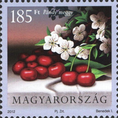 #4238-4239 Hungary - Fruit and Blossoms Type of 2011, Set of 2 (MNH)