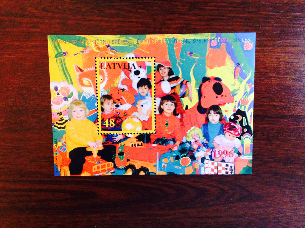 #417 Latvia - Children's Games S/S (MNH)