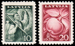 #215-216 Latvia - 8th Agricaultural Expo (MNH)