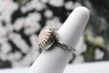 Load image into Gallery viewer, Rose Quartz & Sterling Silver Ring